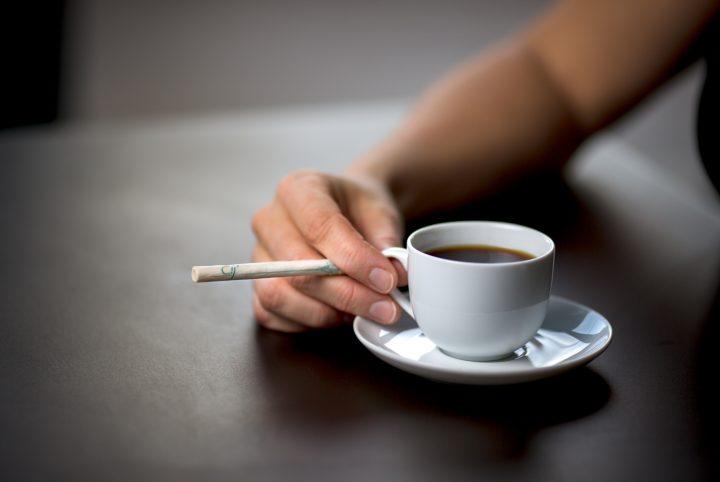 La cigarette sans fumée - Cij